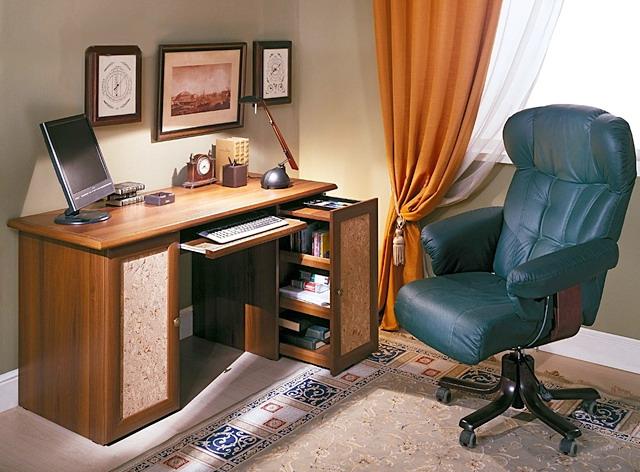 Купить письменный стол в Екатеринбурге